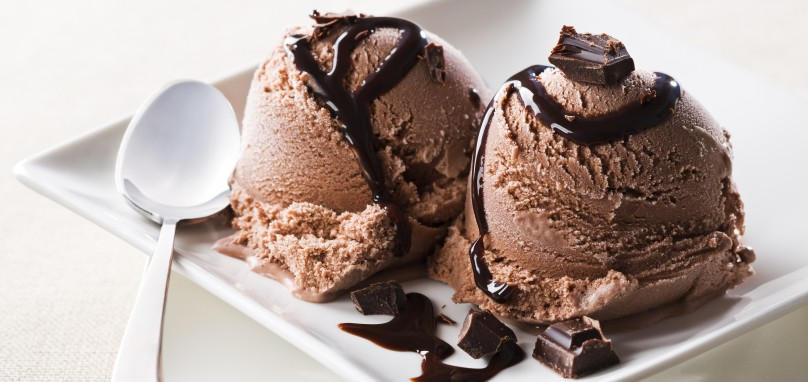 chocolate-ice-cream-day1-e1433063868901-808x382