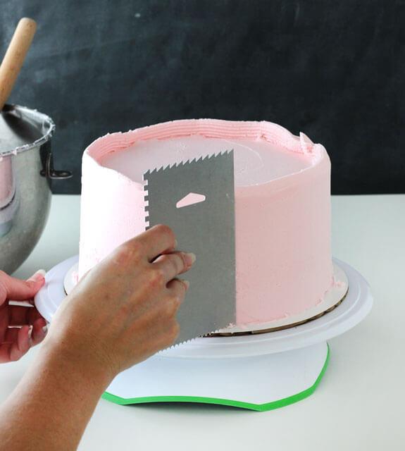 Сборка и выравнивание торта мастер класс